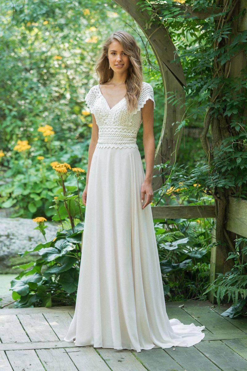 Votre Robe De Mariage Boheme 66016 Lillian West Proche Corse Sonia B