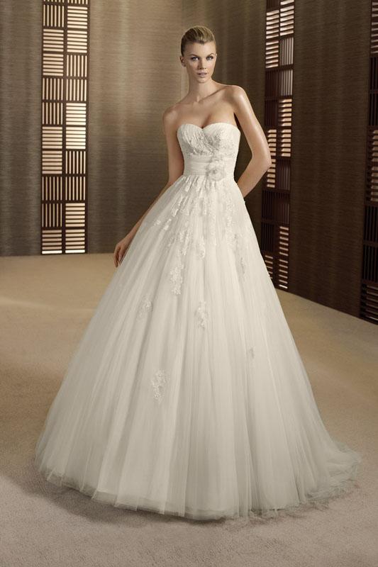 robe de ma vie  sur arseille proche de la rue paradis 13006