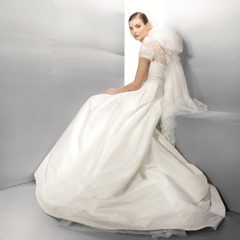 Robe de mariee jesus peiro 3003 marseille centre ville for Centre ville la mariage robes