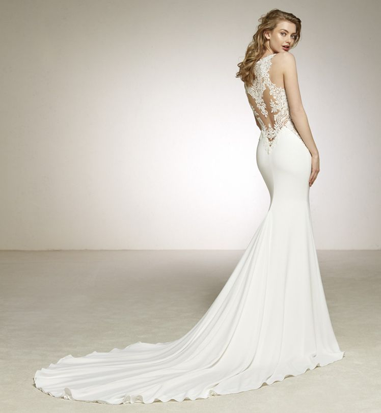 robe sirene pour votre mariage dardin pronovias l sonia b. Black Bedroom Furniture Sets. Home Design Ideas