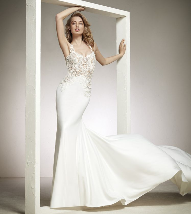 robe pour votre mariage sirene dardin pronovias bd corderie 13007 marseille cr ateurs vente. Black Bedroom Furniture Sets. Home Design Ideas