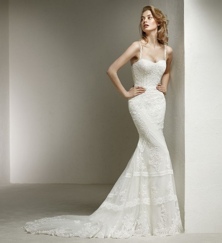 robe de mariée  pronovias vieux port soniab marseille 13007 proche aix en provence 13090