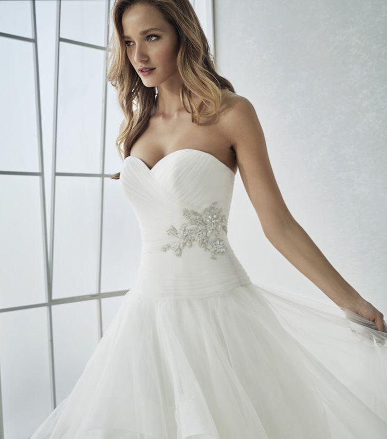 ROBE MARIAGE  WHITE ONE SAN PATRICK MARSEILLE