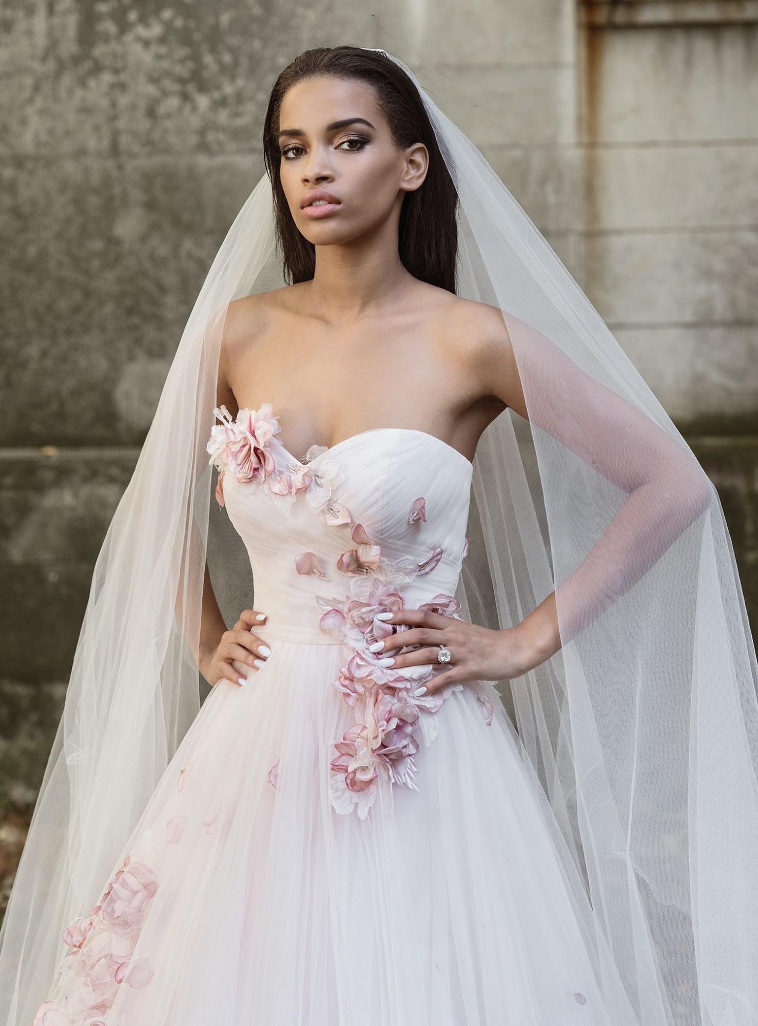 ROBE MARIAGE 9865 JUSTIN ALEXANDER TRAPEZE RUE RIGORD 13007 MARSEILLE soniab