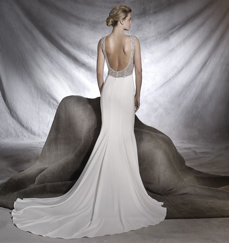 ROBE mariage PRONOVIAS orsola ANGLE RUE RIGORD BD DE LA CORDERIE 13007 MARSEILLE