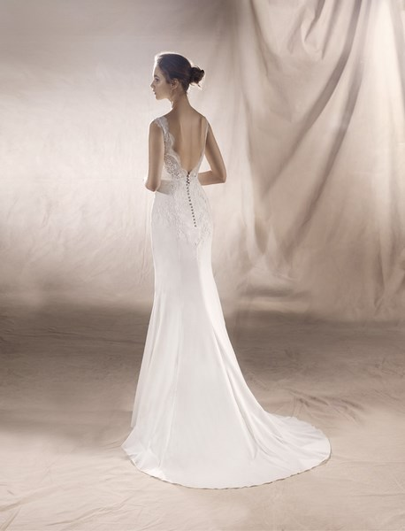 ROBE PRONOVIAS SATURN DOS