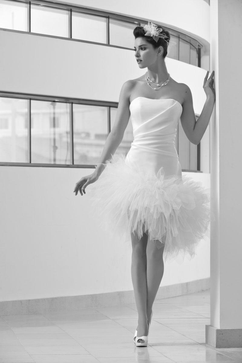Robe de mariee sabrina cr ateurs vente robes et for Concepteur de robe de mariage de san francisco