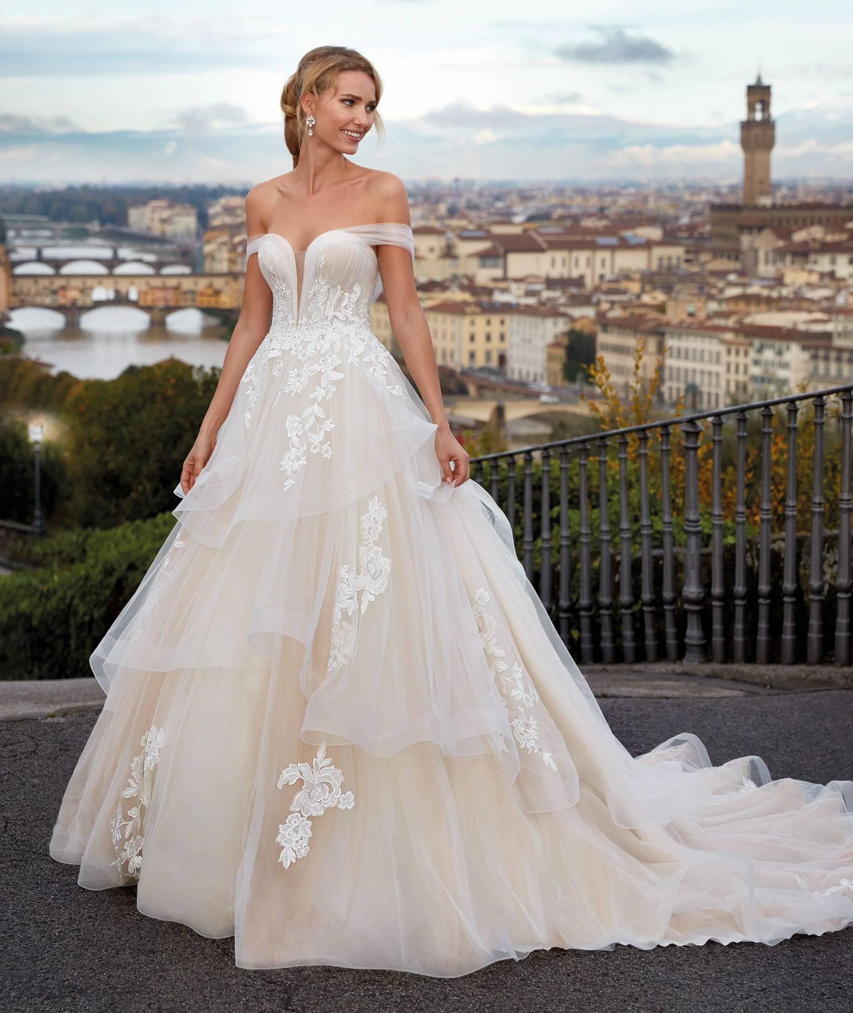Top 11 des indispensables pour un mariage réussi - Page 2 Ni12198jpg_5f75cb6ec7637