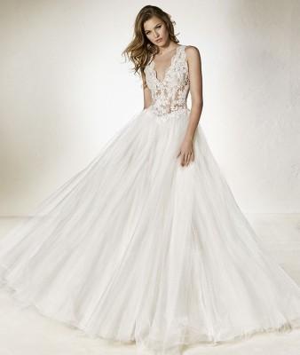 robe de mariée cheno pronovias bd corderie soniab marseille proche de la valentine 13011