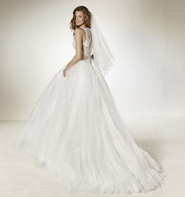 robe DE MA VIE  pour votre mariage pronovias proche rue paradis 13006