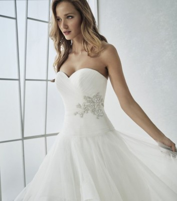 robe mariage de createur flower san patrick marseille lm sonia b. Black Bedroom Furniture Sets. Home Design Ideas