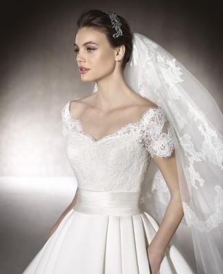 boutique DE MARIAGE MELISA PRONOVIAS ST MITRES LES REMPARTS