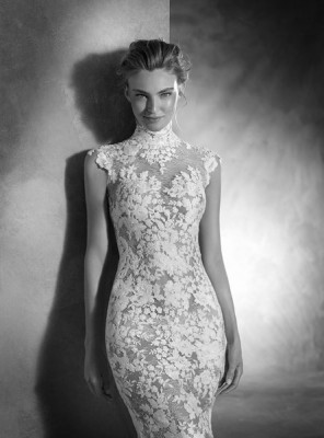 ROBE PRONOVIAS NIKOL marseille centre